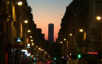 Parigi torna sotto l'attacco del terrorismo